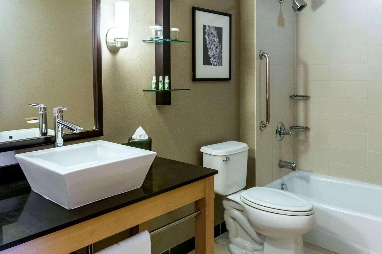 Suite - Cambria Suites Rapid City