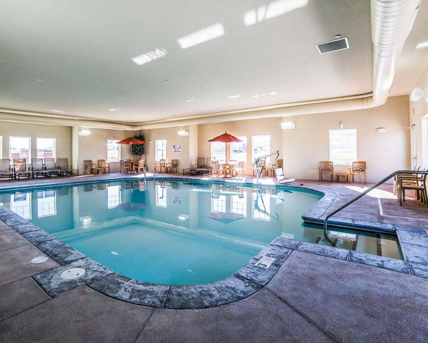 Pool - MainStay Suites Rapid City