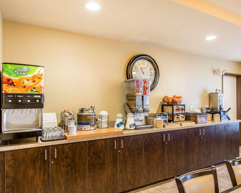 Restaurant - MainStay Suites Rapid City