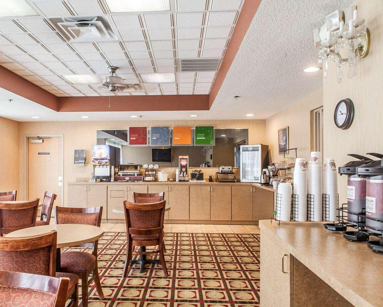 Restaurant - Comfort Inn Newport