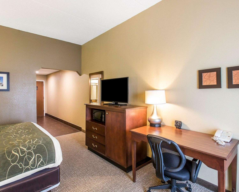 Room - Comfort Suites Cookeville