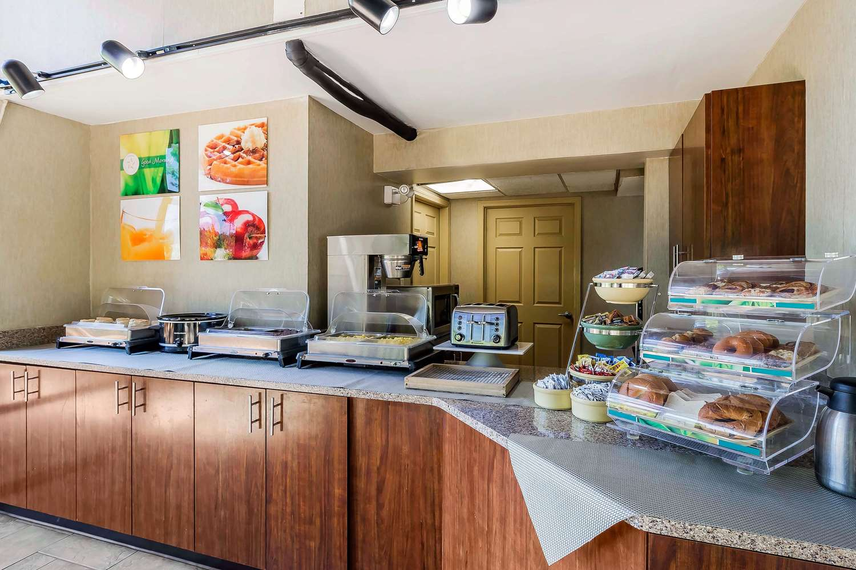Restaurant - Quality Inn & Suites Sevierville