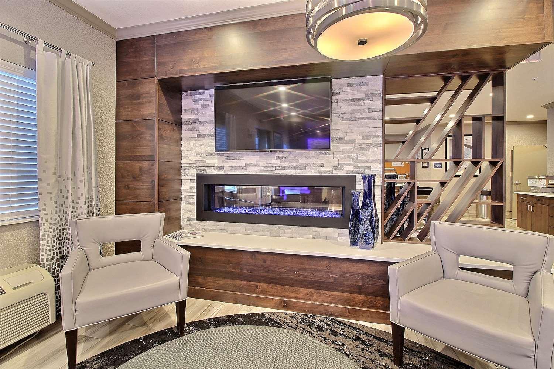 Lobby - Best Western Greeley Hotel