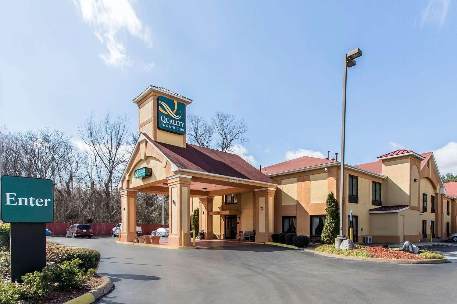 Exterior view - Quality Inn & Suites Memphis