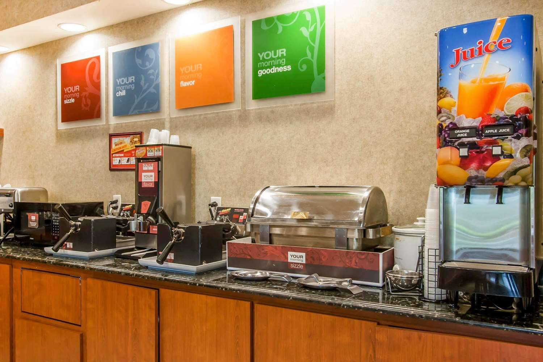 Restaurant - Quality Inn & Suites Germantown