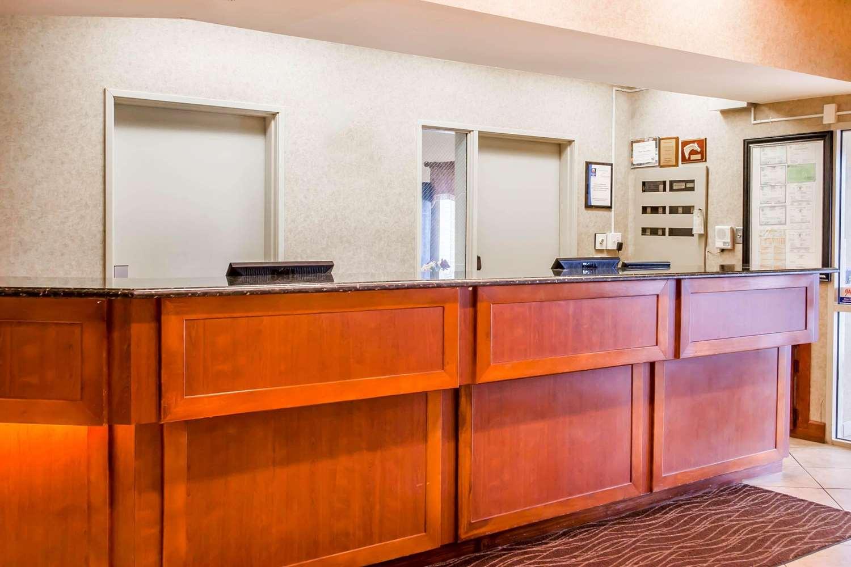 Lobby - Quality Inn & Suites Germantown