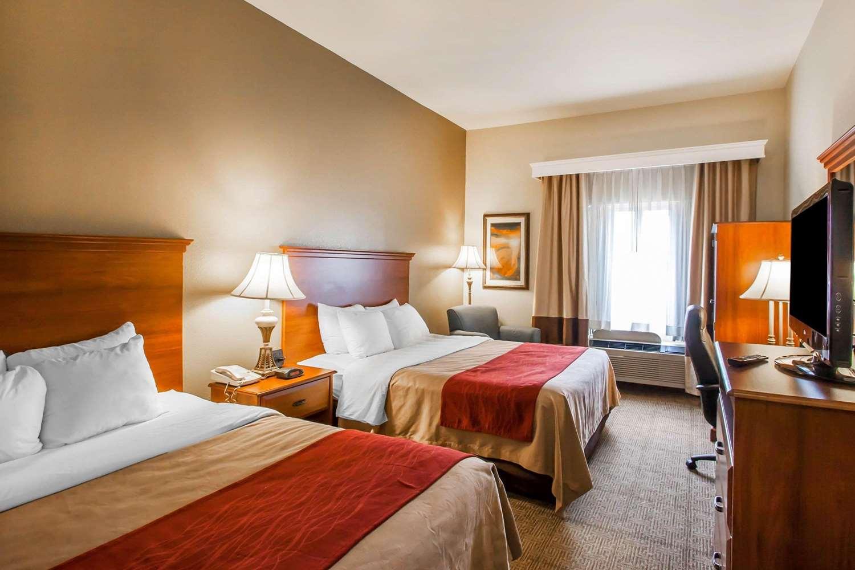 Room - Quality Inn & Suites Germantown