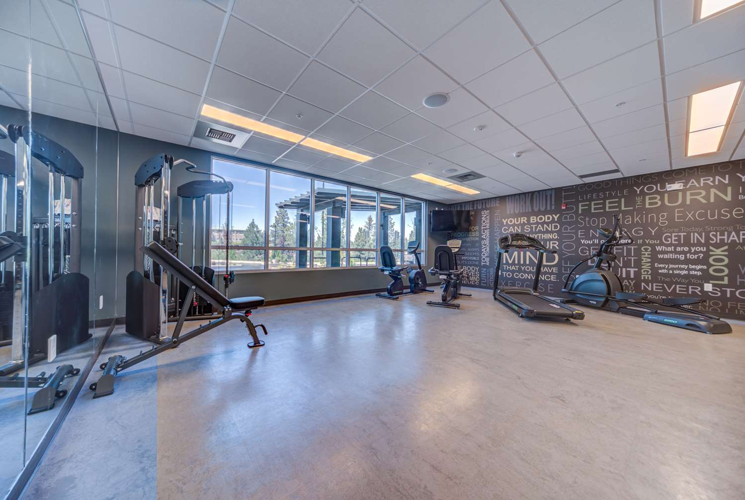 Fitness/ Exercise Room - Best Western Premier Peppertree Inn at Bend