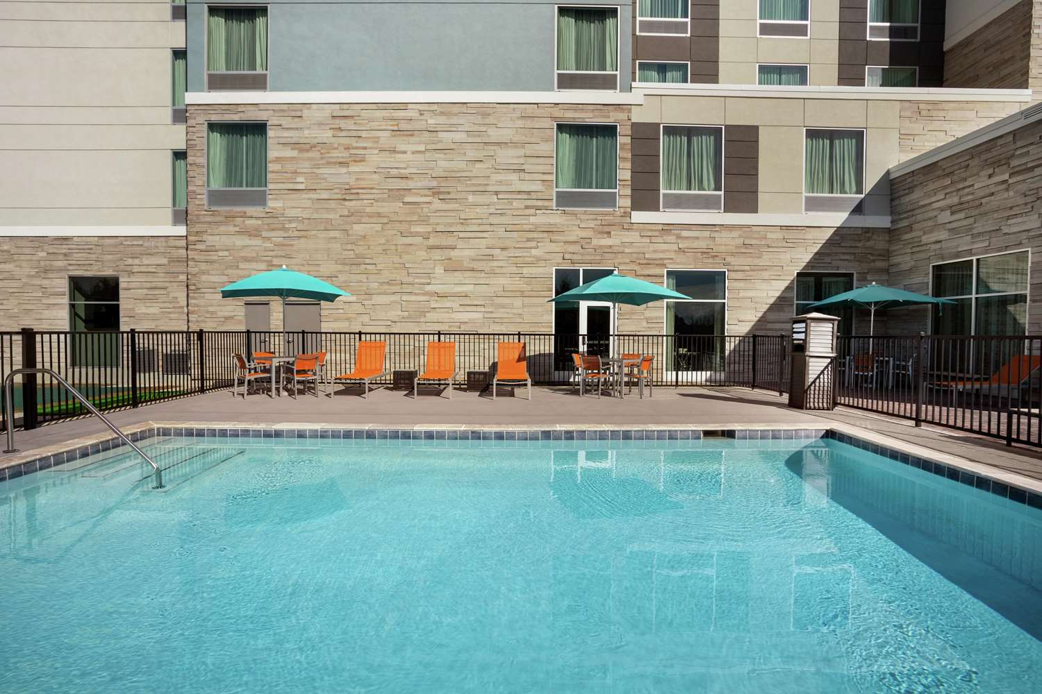 Pool - Homewood Suites by Hilton Civic Center Florence