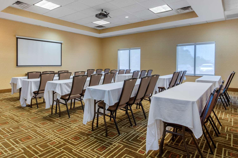Meeting Facilities - Comfort Suites Jackson