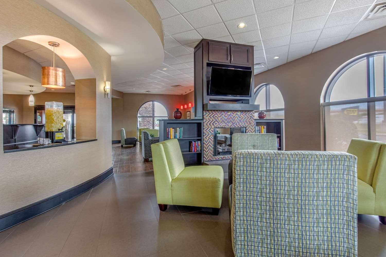 Lobby - Comfort Suites Jackson
