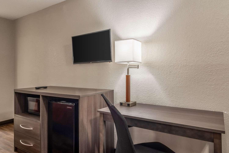Room - Econo Lodge East Ridge