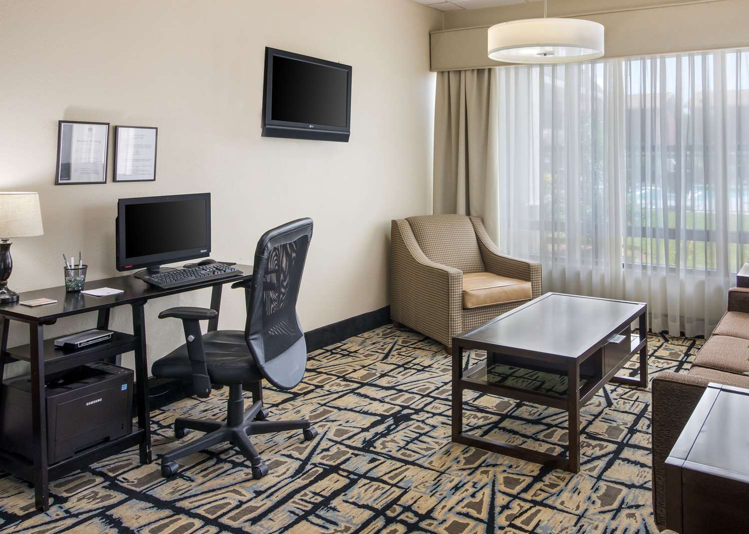 Conference Area - Clarion Inn Cleveland