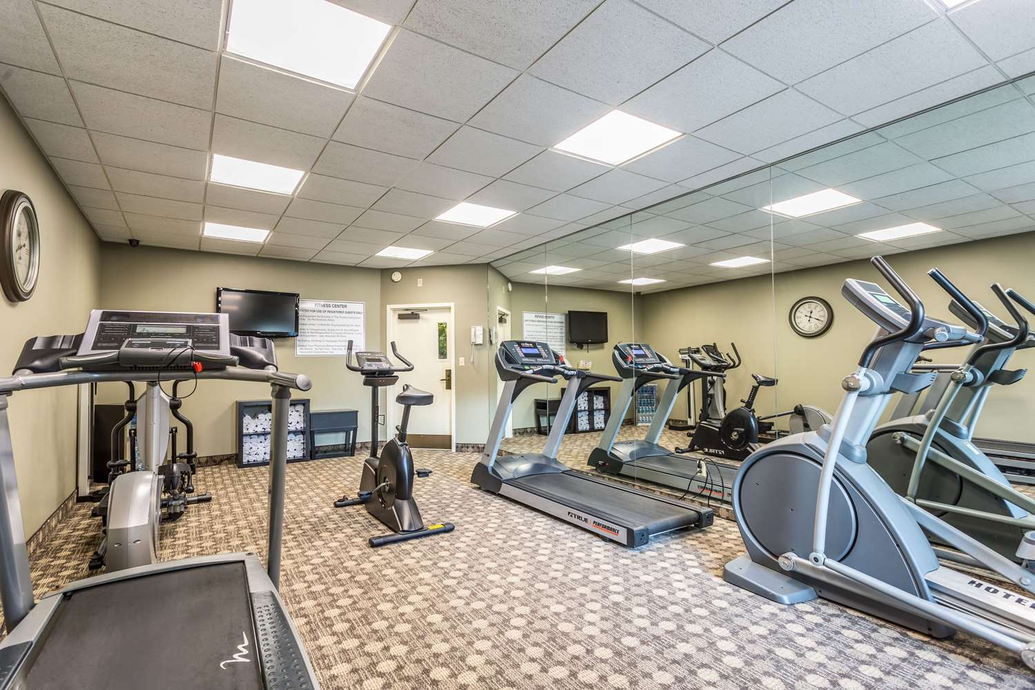 Fitness/ Exercise Room - Quality Inn Union City