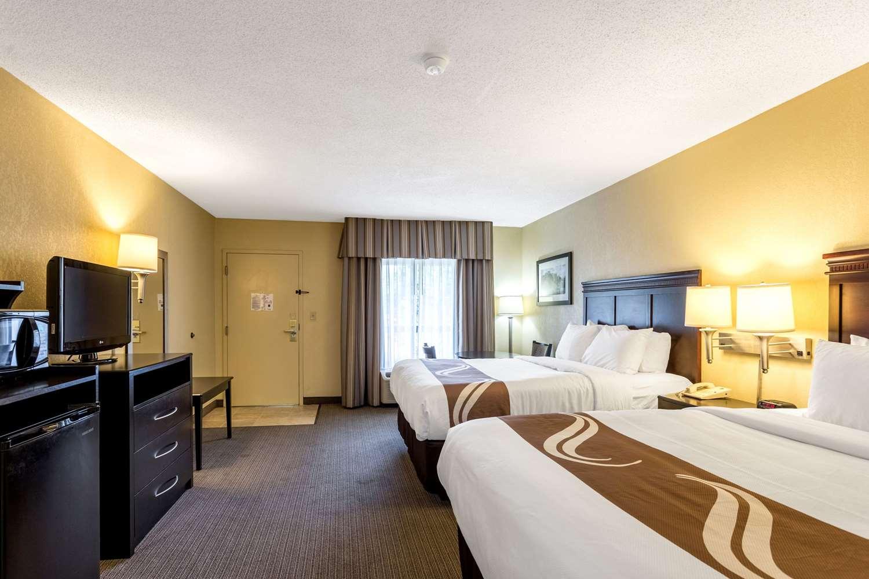 Room - Quality Inn Union City