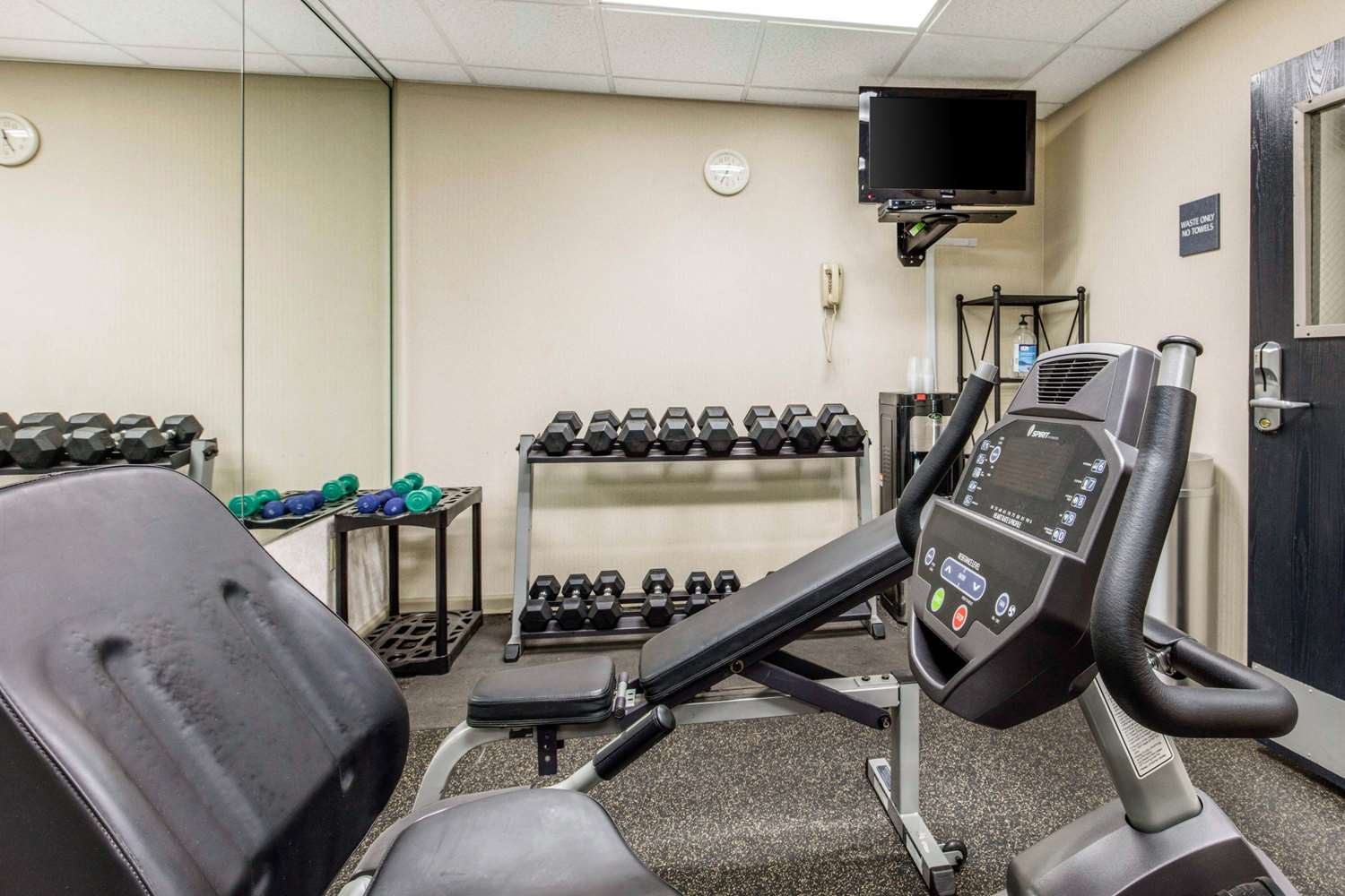 Fitness/ Exercise Room - Quality Inn Airport Memphis
