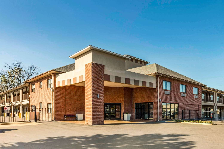 Exterior view - Quality Inn Airport Memphis