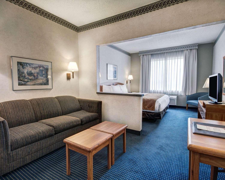 Suite - Quality Suites University El Paso