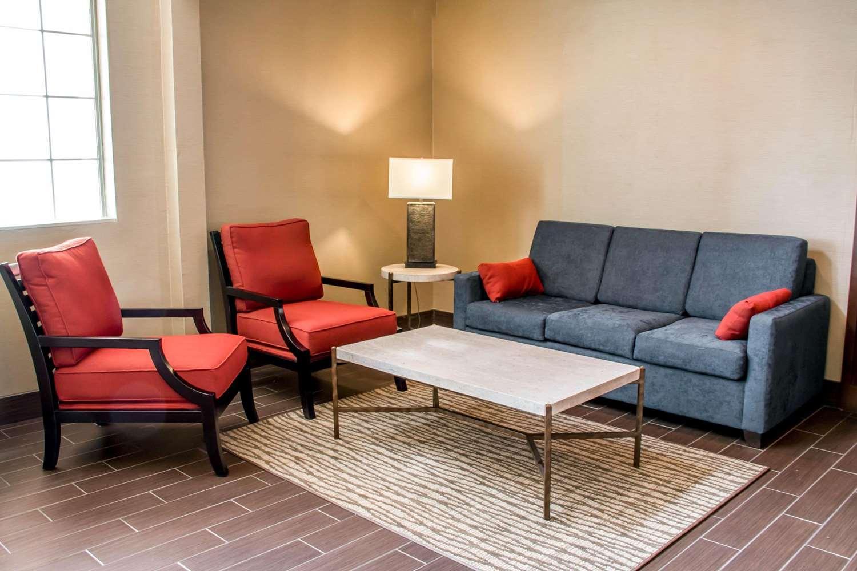 Lobby - Comfort Suites New Braunfels