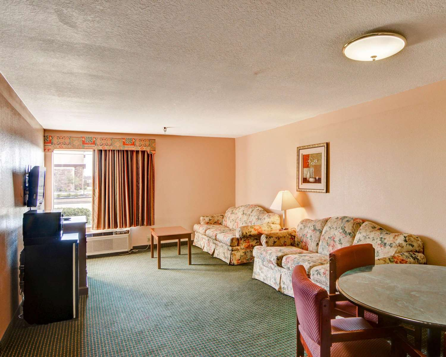 Quality Inn Forest Hill Tx See Discounts