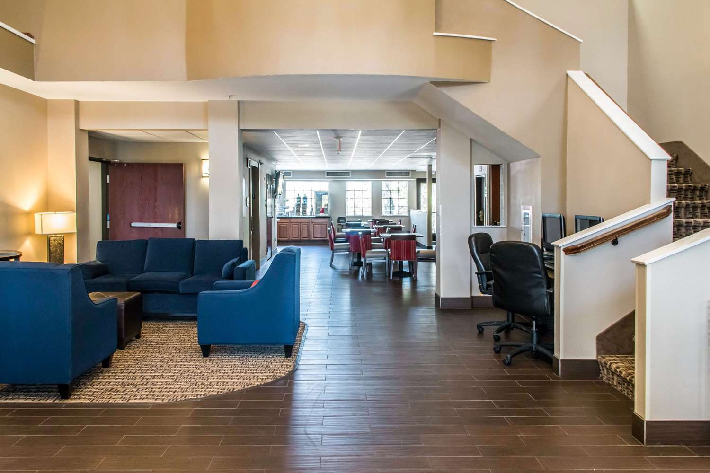 Lobby - Comfort Suites Round Rock
