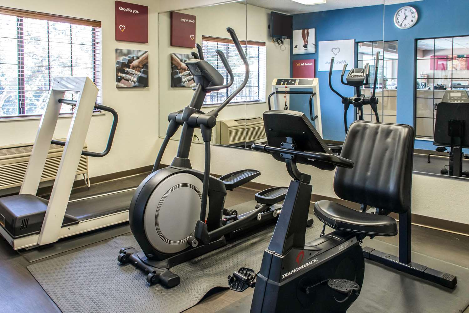 Fitness/ Exercise Room - Comfort Suites Round Rock
