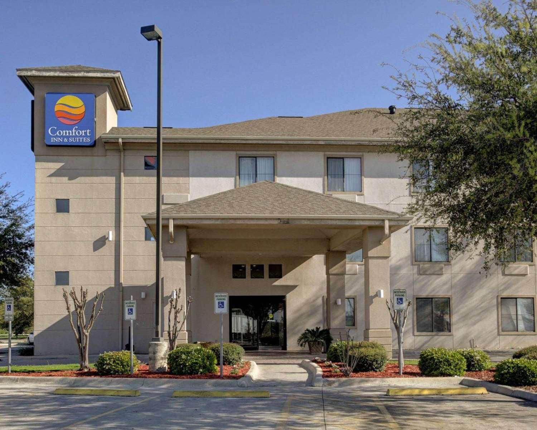 Exterior view - Comfort Inn & Suites Seguin