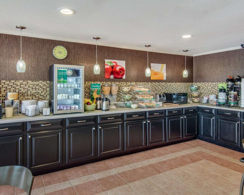 Restaurant - Quality Inn Mt Pleasant