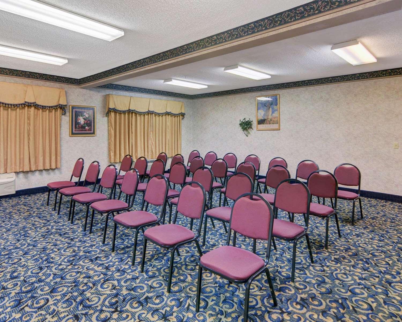 Meeting Facilities - Quality Inn & Suites Grand Prairie