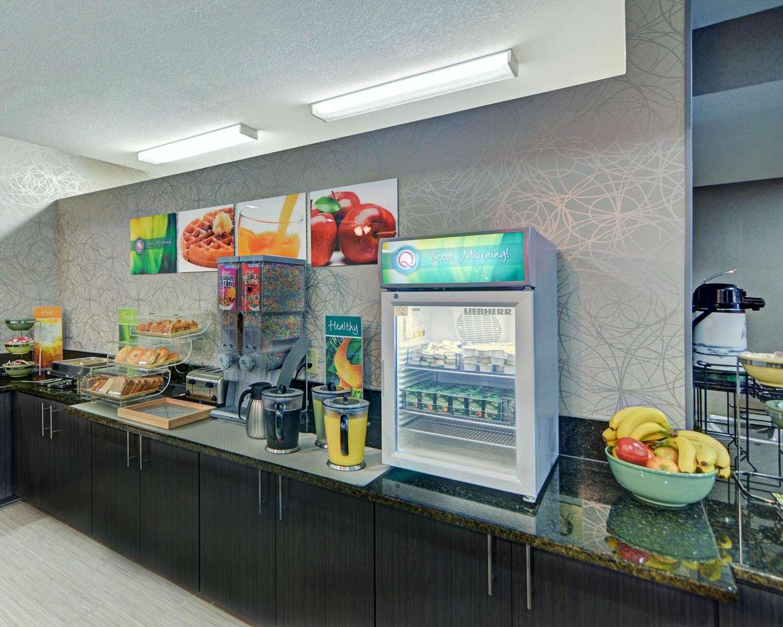 Restaurant - Quality Inn & Suites Grand Prairie