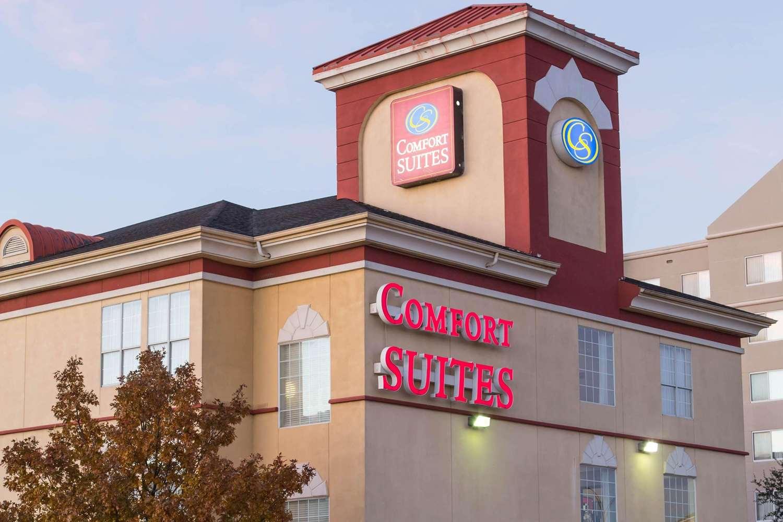 Exterior view - Comfort Suites North Fort Worth