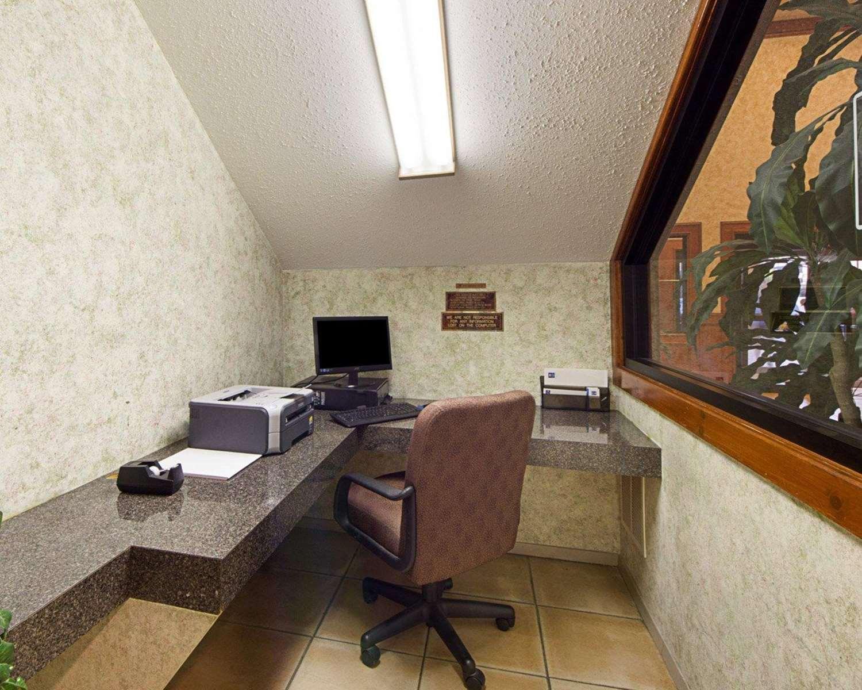 Conference Area - Comfort Inn Medical Center Mission