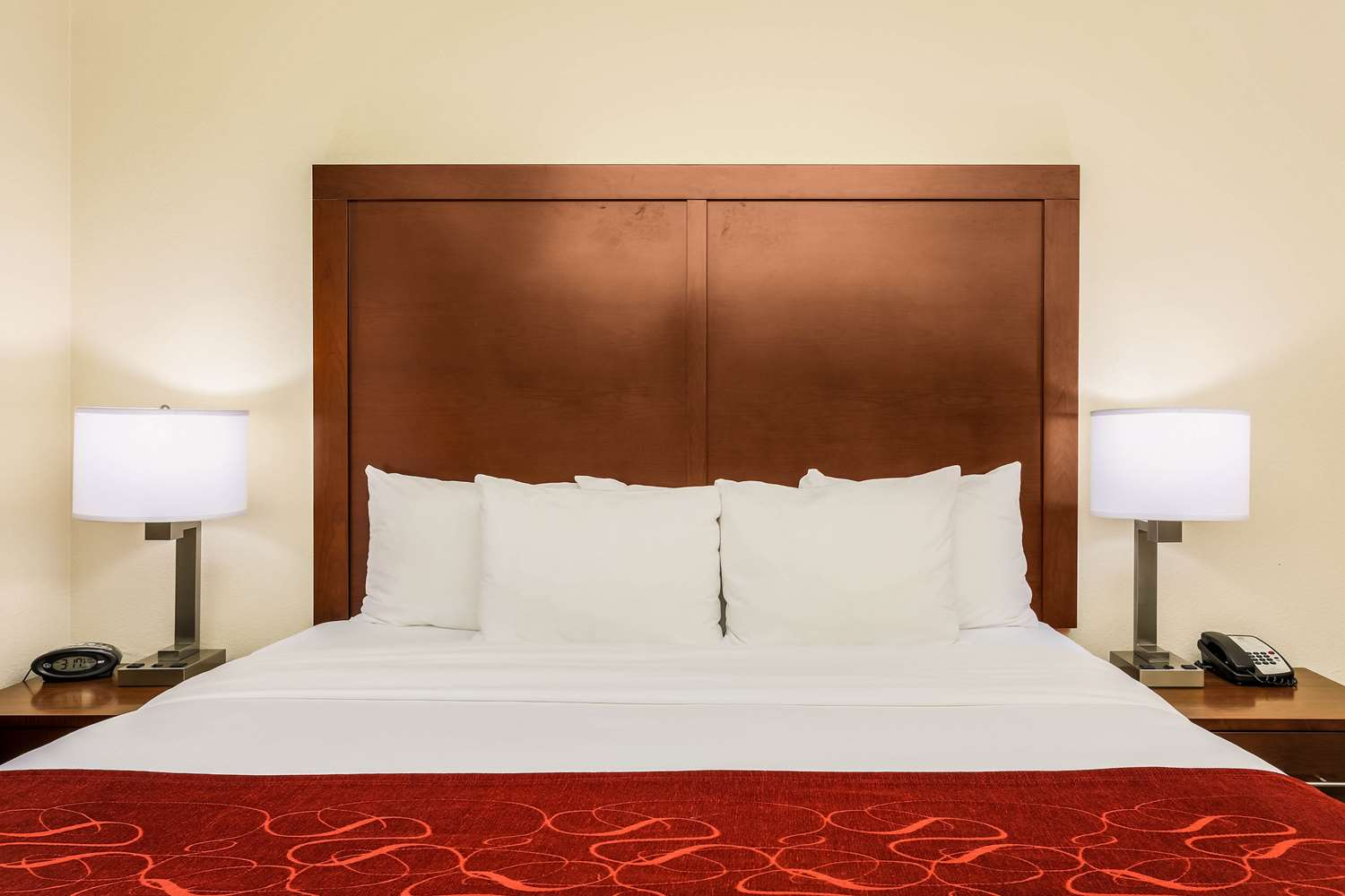 Comfort Suites Dfw Airport Grapevine North Tx See Discounts