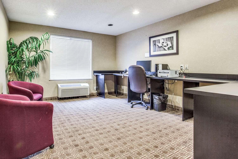 Conference Area - Comfort Inn & Suites Market Center Dallas