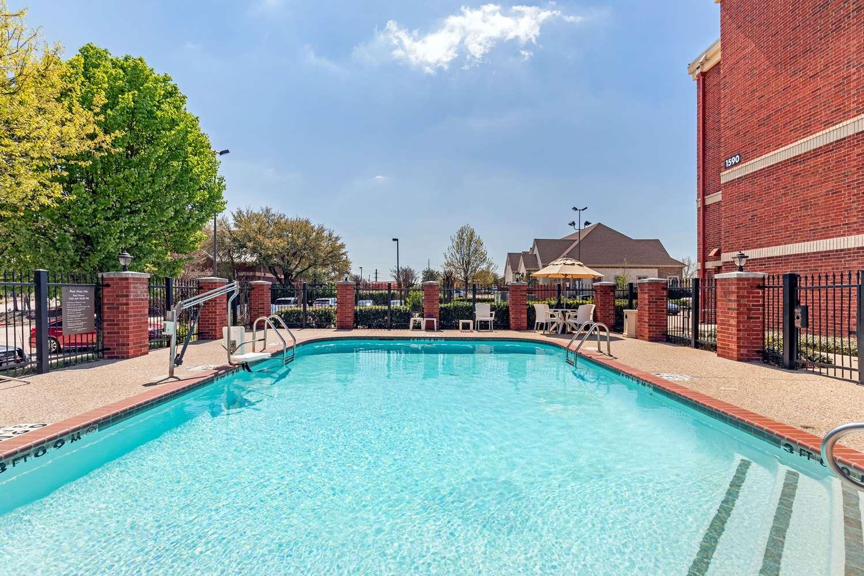 Pool - Comfort Suites McKinney