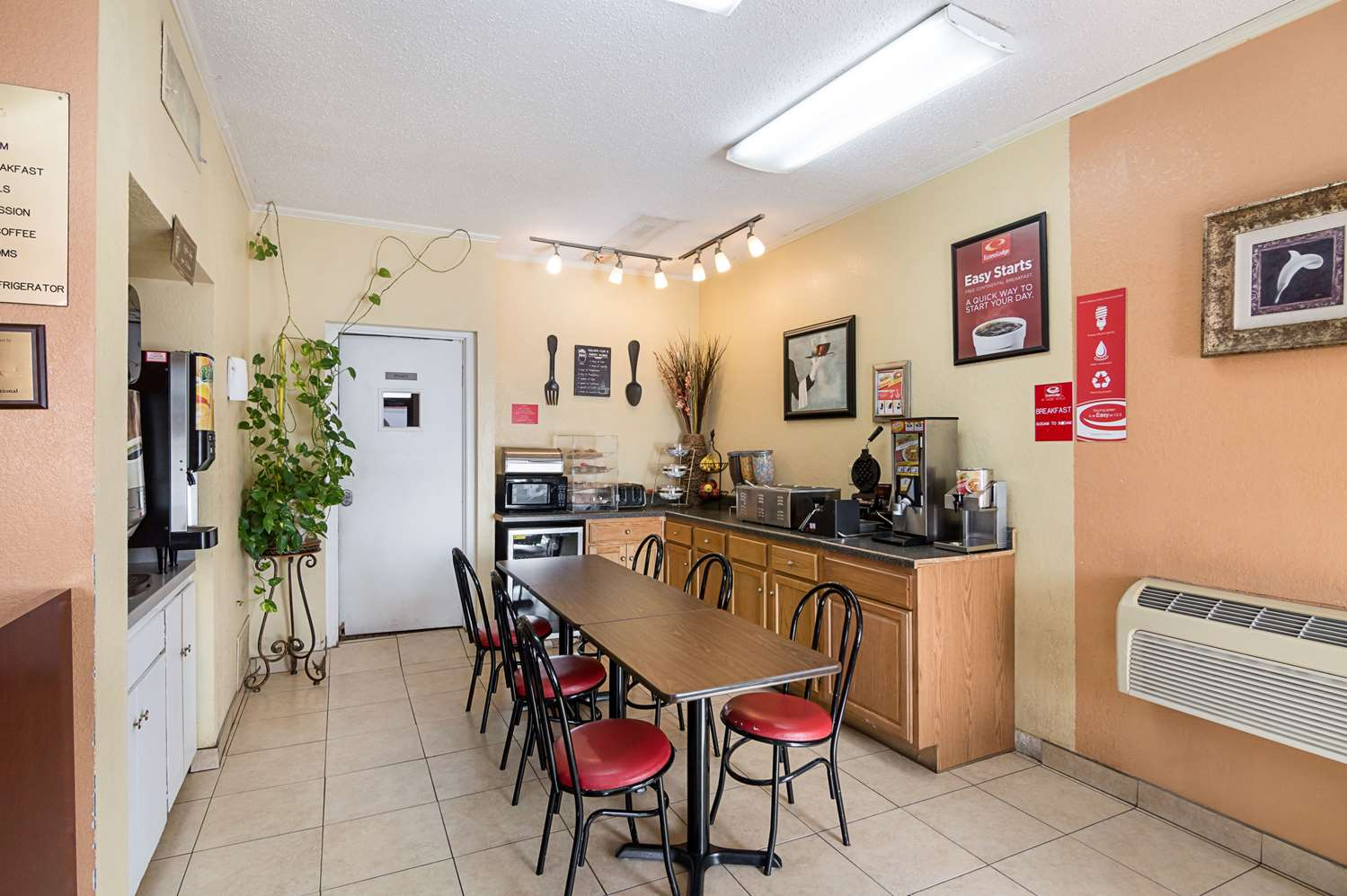 Restaurant - Econo Lodge Dalhart