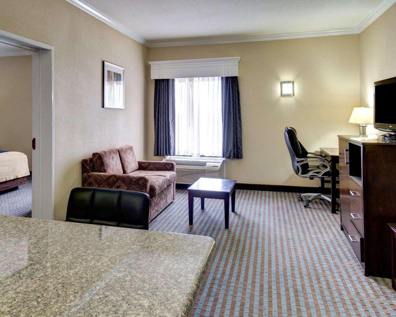 Suite - Comfort Inn Corsicana