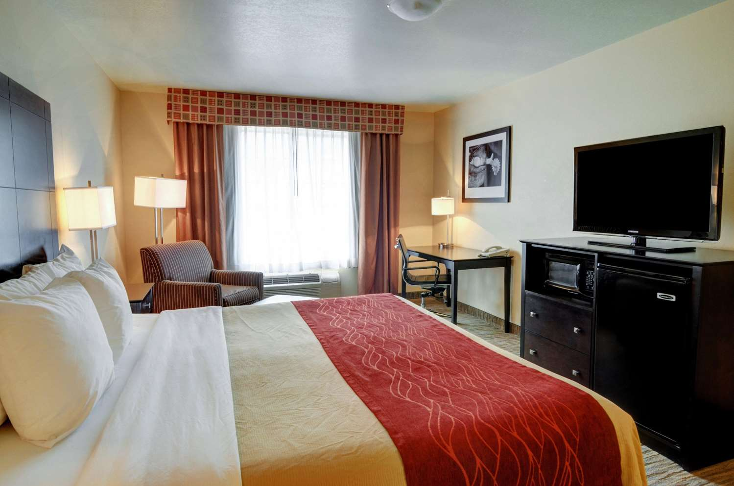 Room - Comfort Inn & Suites Amarillo