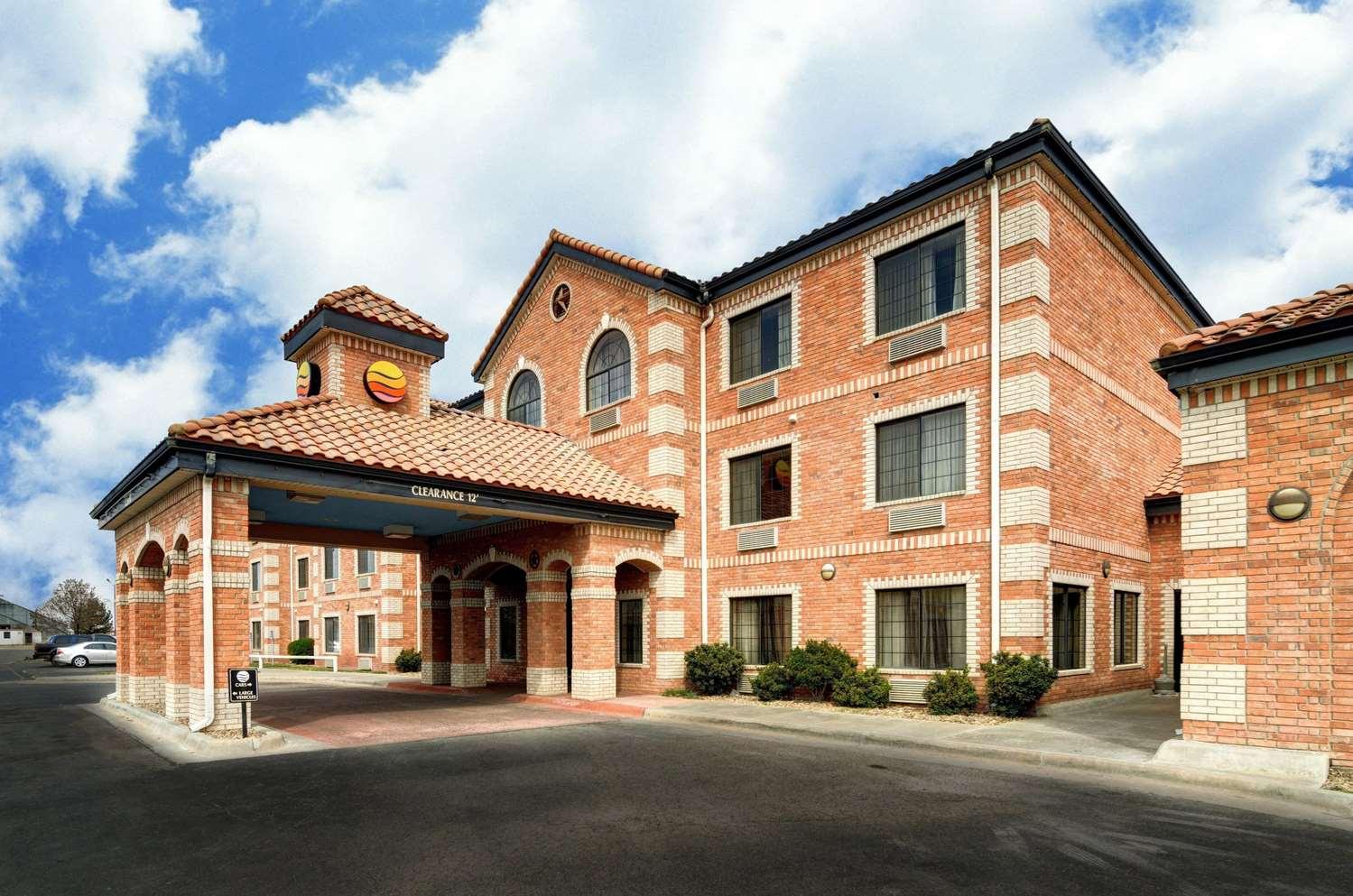 Exterior view - Comfort Inn & Suites Amarillo