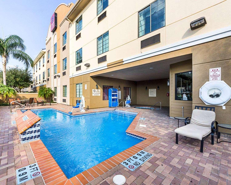 Pool - Comfort Suites McAllen