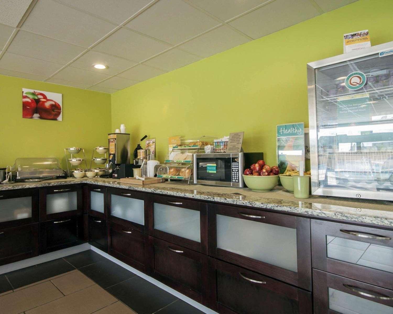 Restaurant - Quality Inn & Suites El Paso