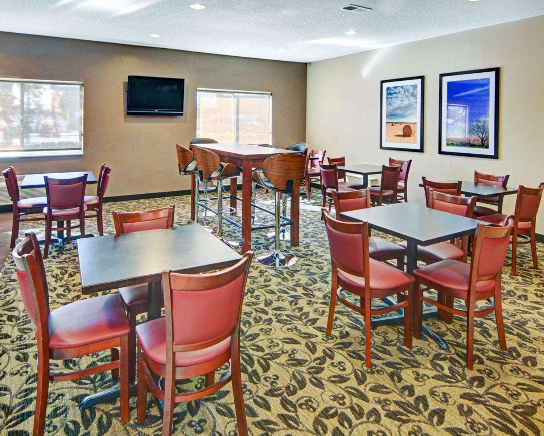 Restaurant - Comfort Suites Longview