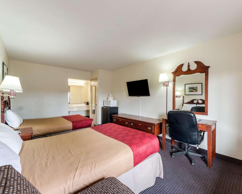 Room - Rodeway Inn Corpus Christi