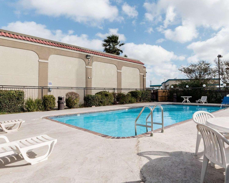 Pool - Rodeway Inn Corpus Christi