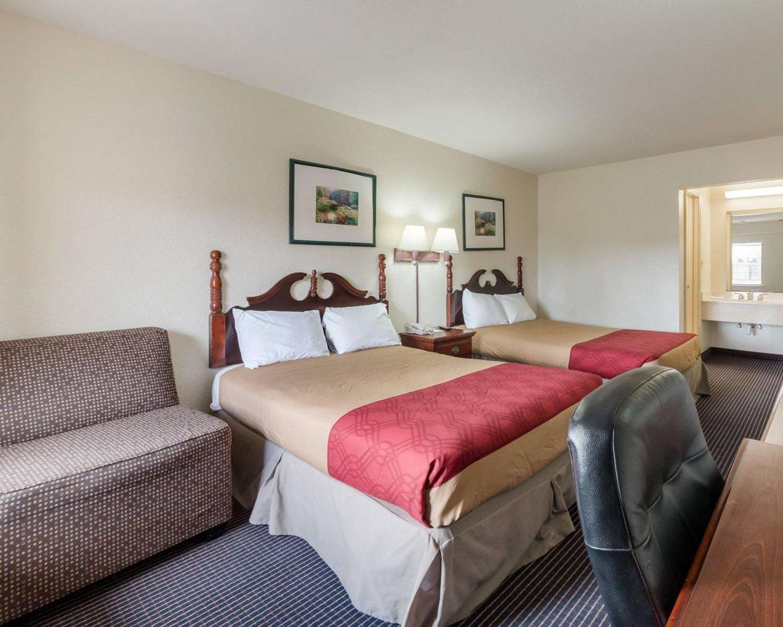 Suite - Rodeway Inn Corpus Christi
