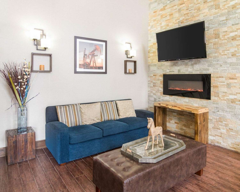 Lobby - Comfort Suites Odessa