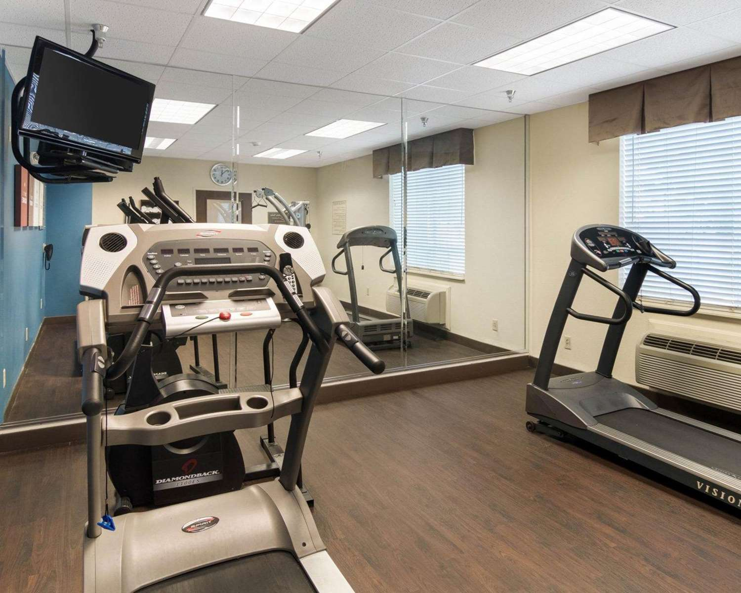 Fitness/ Exercise Room - Comfort Suites Odessa