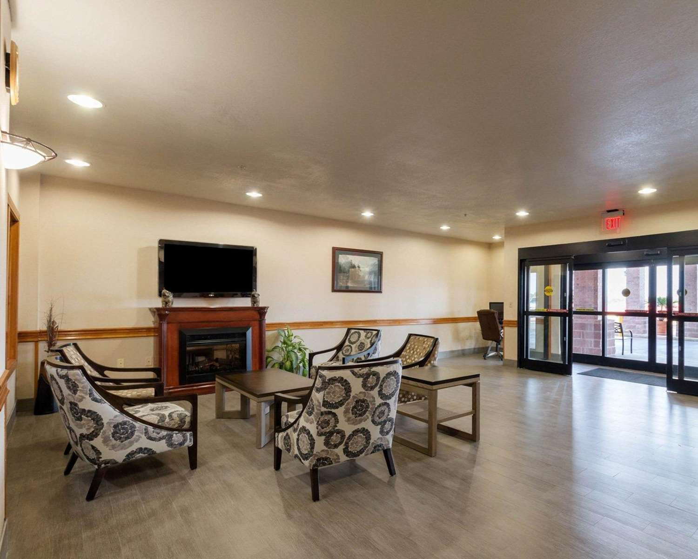 Lobby - Quality Inn Buffalo