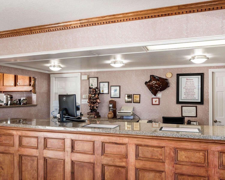 Lobby - Econo Lodge Jasper