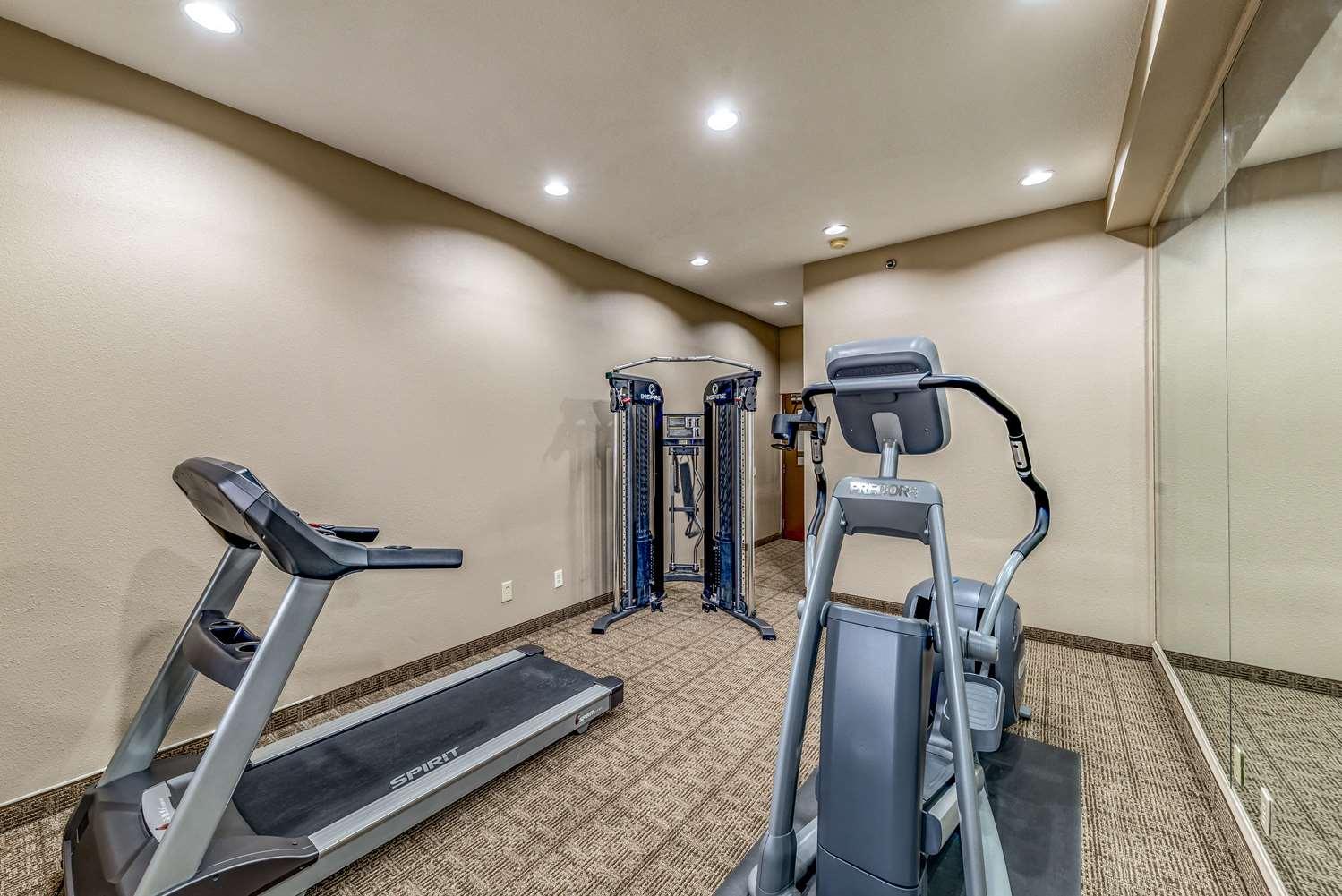 Fitness/ Exercise Room - Quality Inn near Baylor Medical Center Plano